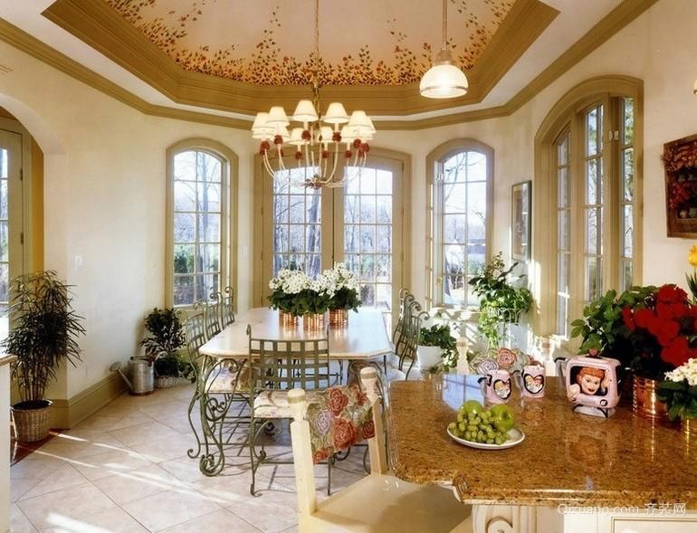 浪漫古典的餐厅吊顶装修设计效果图