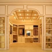 超大型别墅法式温馨衣帽间装修效果图片