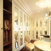 二层小复式楼法式衣帽间装修效果图片