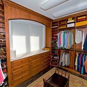 美式风格三居室小型衣帽间装修效果图片