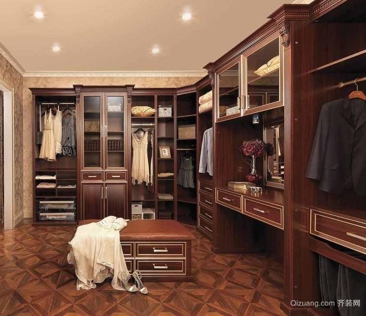 三层大别墅衣帽间东南亚风格设计图