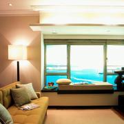 海景房小客厅宜家飘窗设计装修效果图