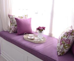 单身公寓紫色小飘窗设计装修效果图