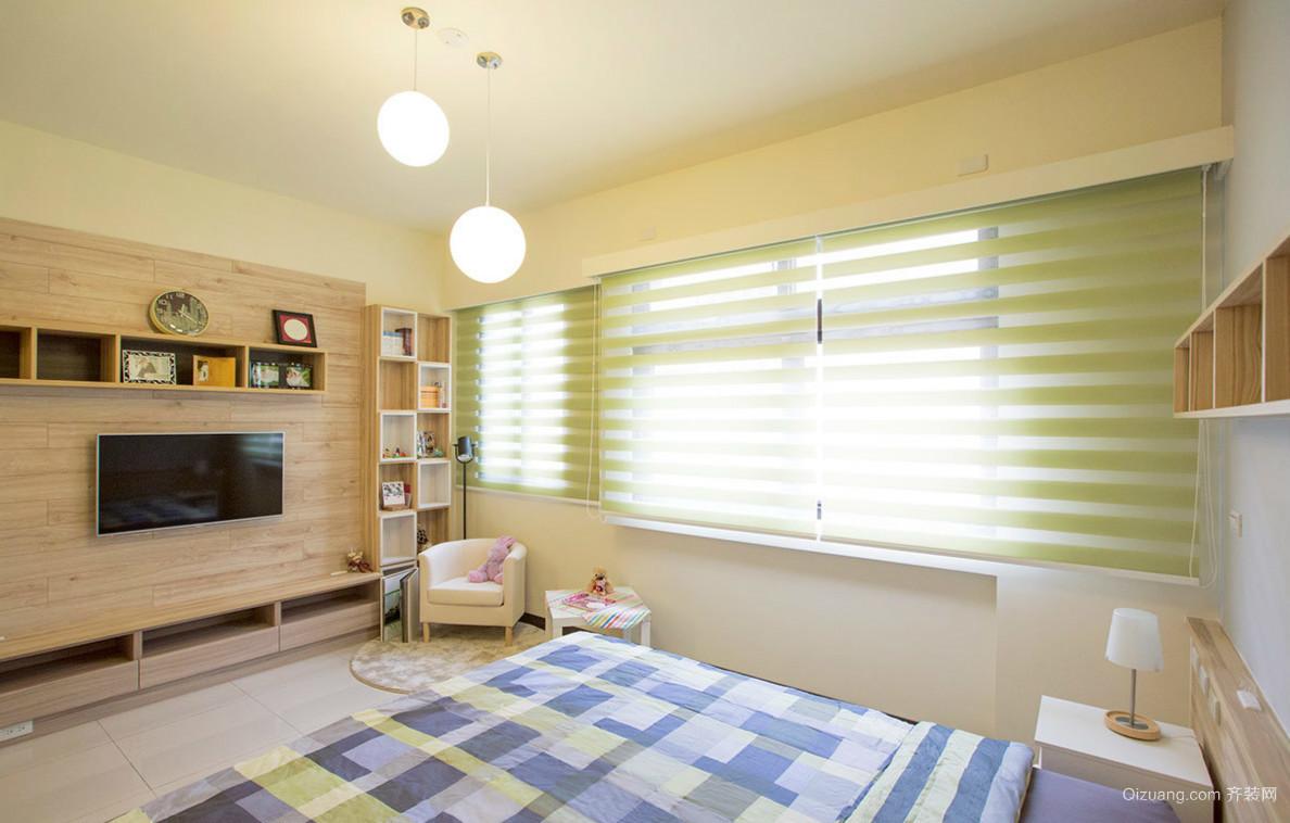 原木风60平米小户型卧室设计效果图