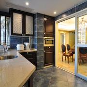 2016宜家厨房玻璃推拉门装修设计效果图