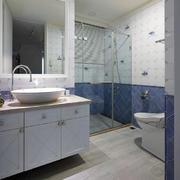 复式楼现代卫生间设计