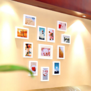 别墅型欧式风格室内照片墙装修效果图