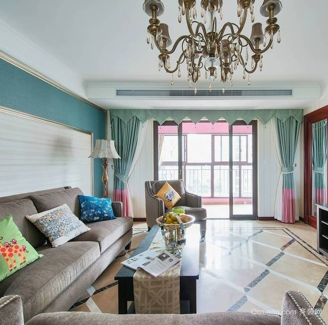 大气婉约的两居室客厅装修效果图欣赏