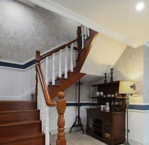 静谧大型复式楼美式楼梯设计装修效果图