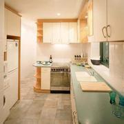 现代大户型欧式厨房橱柜装修效果图