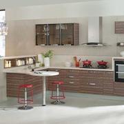 精美别墅型欧式金牌厨柜装修效果图实例