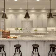 2016雅致的欧式开放式厨房装修效果图鉴赏