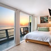 舒适自在的简欧别墅型家庭卧室装修效果图