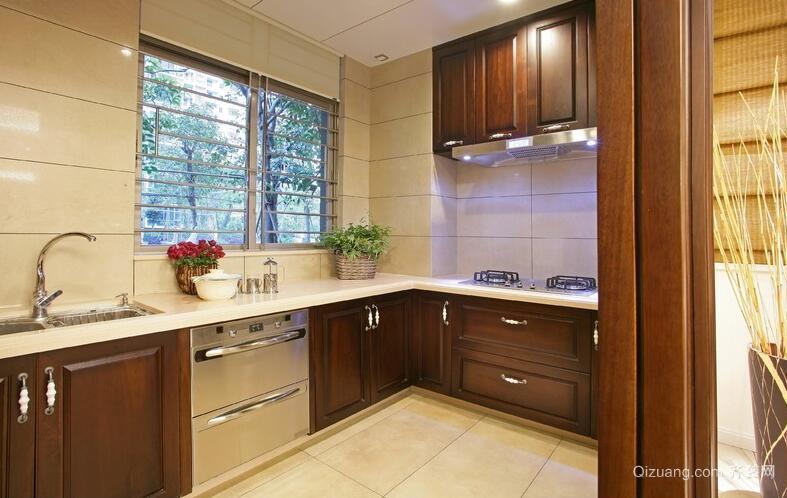 欧式别墅型厨房吊顶设计装修效果图鉴赏