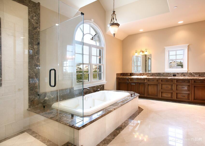 现代欧式别墅型浴室装修效果图鉴赏
