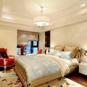 完美的卧室整体图