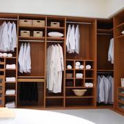 唯美的衣柜造型图