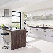 完美时尚的别墅欧式厨房装修效果图实例