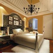 时尚靓丽卧室背景墙装修图