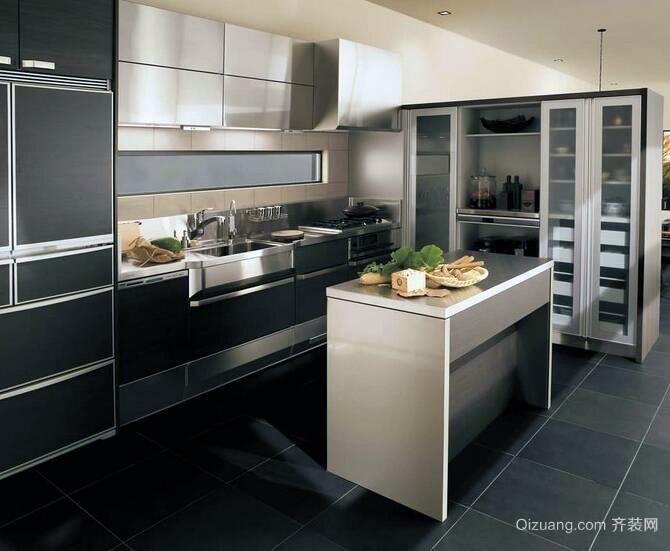 大户型欧式精致的不锈钢橱柜装修效果图