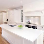 欧式风格大户型完美厨房装修效果图鉴赏