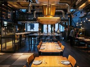 140平米都市餐厅室内背景墙设计装修效果图欣赏