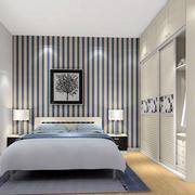 现代时尚卧室飘窗装修效果图