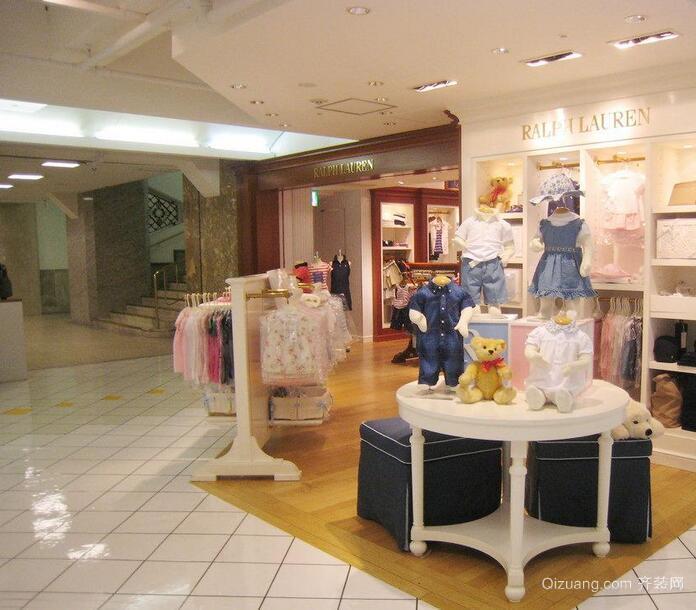 90平米轻快的现代服装店室内装修效果图