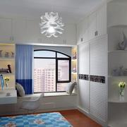地中海风格卧室飘窗效果图