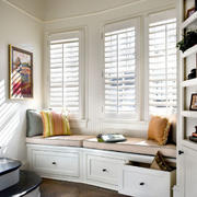 现代美式风格飘窗装修效果图