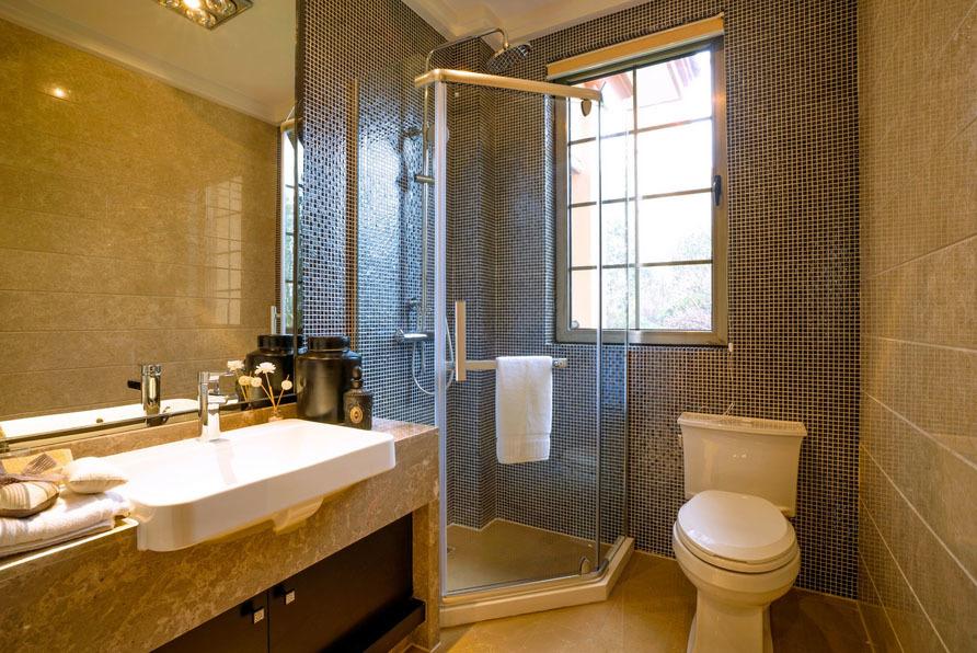 卫生间自然隔断120平米装修
