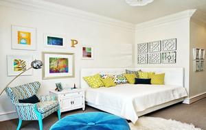 现代简约小清新客厅照片墙装修效果图