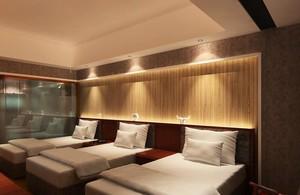 90平米混搭宾馆卧室背景墙装修效果图