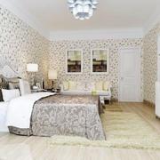 时尚小碎花卧室墙纸效果图