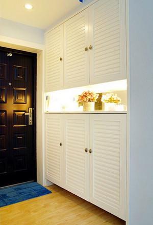 三居室精致时尚简约玄关装修效果图