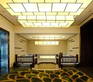 130平米精致的宾馆室内吊顶装修设计效果图
