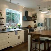 欧式小厨房效果图