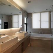 恬静淡色卫生间瓷砖装修
