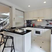 简约厨房吧台设计