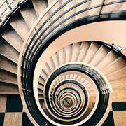 旋转楼梯装修