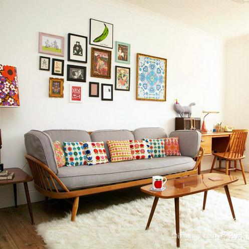 时尚靓丽客厅沙发照片墙装修效果图