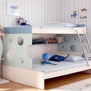 可爱创意儿童房双层床