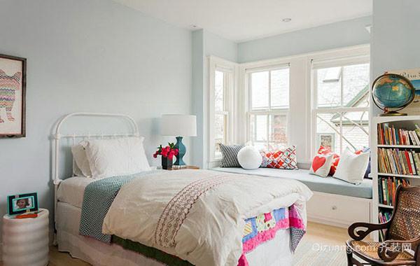 时尚简约混搭卧室飘窗装修效果图赏析