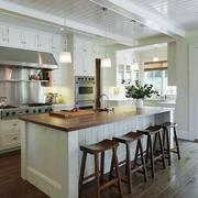 时尚厨房吧台设计