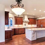别墅型精致的厨房吊顶设计装修效果图
