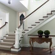 精致的现代大户型楼梯设计装修效果图
