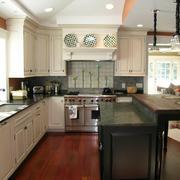 2016欧式别墅厨房室内设计装修效果图欣赏