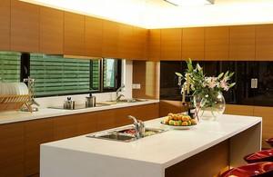 大户型经典的厨房室内橱柜设计装修效果图
