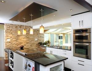 2016别墅型欧式开放式厨房吧台效果图欣赏