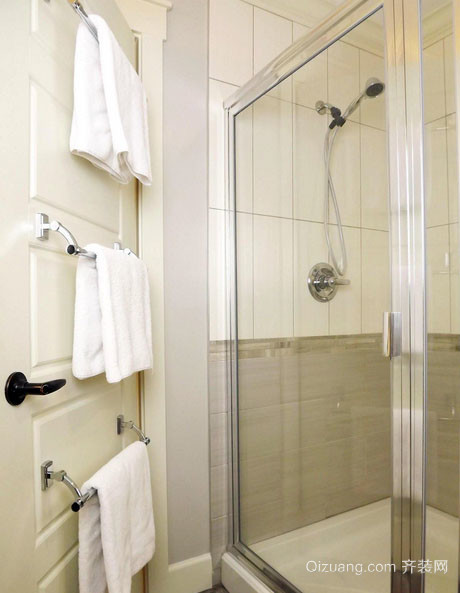 现代简约风格时尚大户型卫生间隔断装修效果图